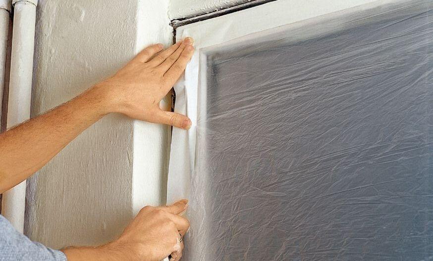 jak zabezpieczyć okna na budowie