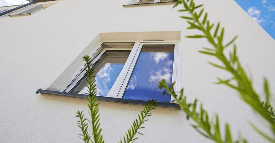 jak zamontować nawiewniki okienne